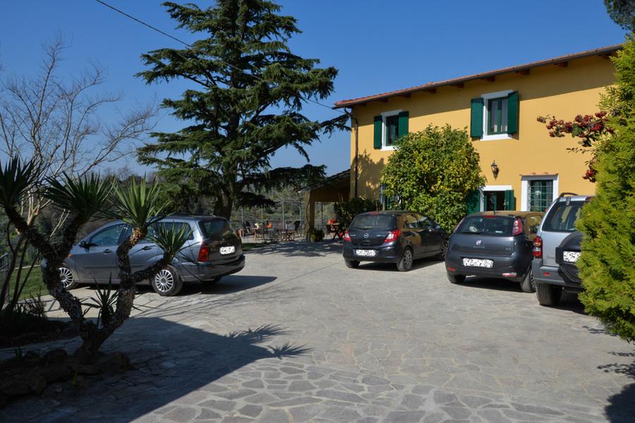 Veduta Entrata - Agriturismo Campo Fiorito - Via Dei Rocchi 190, 51015 - Monsummano Terme (PT) - Toscana - Italia